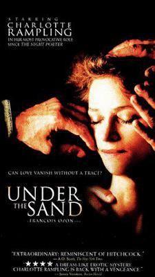 Sous le sable Under the sand