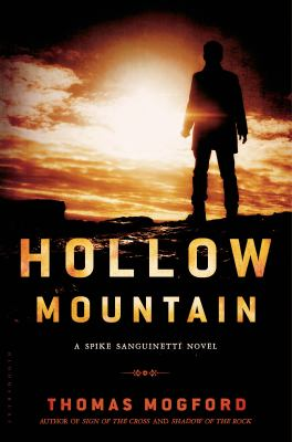 Hollow Mountain / Thomas Mogford.